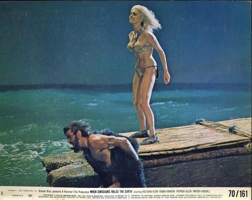 WHEN DINOSAURS RULED THE EARTH(1970) LOBBY CARD 2